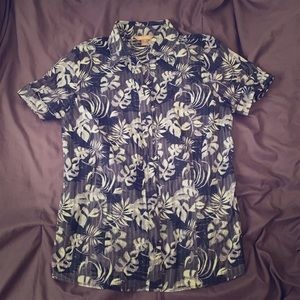 Button down White Stag floral shirt